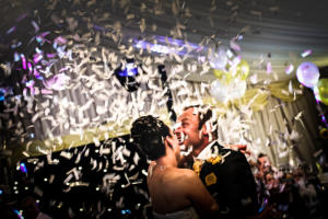 confetti explosion for weddings